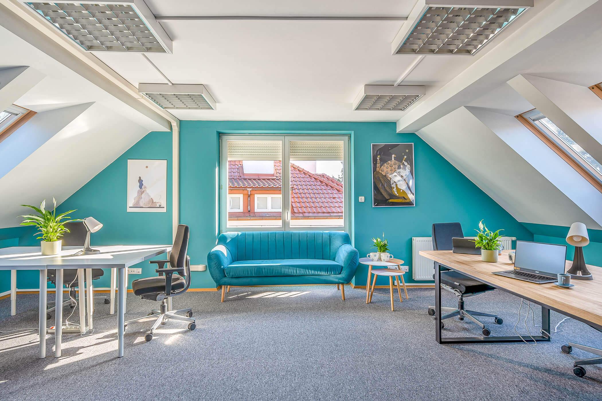 Coworking Warszawa - Hot Desk - powierzchnie coworkingowe